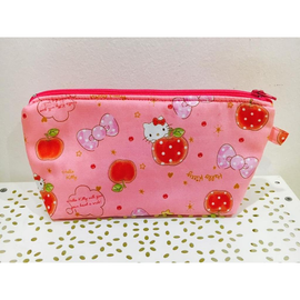 Hello Kitty Apples in Pink Amanda Pouch