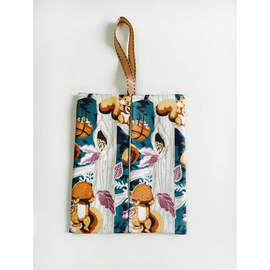 Squirrel Waterproof Kleenex Travel Tissue Holder