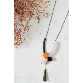 ASYMMETRICAL SHAPES NECKLACE