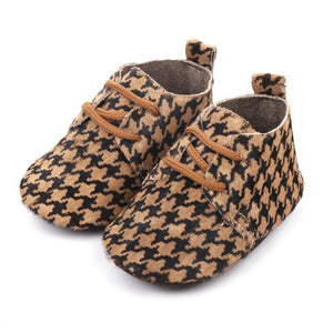2019 Genuine Leather Baby shoes Leopard print Baby Girls Soft shoes Horse hair Boys First walkers Lace Baby moccasins