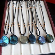 Natural Irregular Labradorite Pendant Necklaces Sunlight Shaped Energy Stone Women Men Healing Buddha Lucky Necklace Moonstone