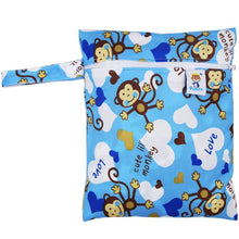 Travel PUL Wet Bags Baby Waterproof Cloth Diaper Bag Single Zipper Print Reusable Baby Nappy Wet Dry Bags Wetbags 25x20cm