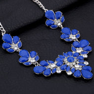 Colorful Rhinestone Flower Necklaces Women Fashion Crystal Jewelry Charm Silver Chain Choker Statement Bib Collar Necklace