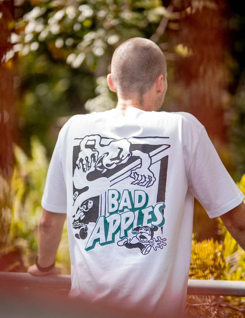 Bad Apples Ghost T-shirt - HIPLAND