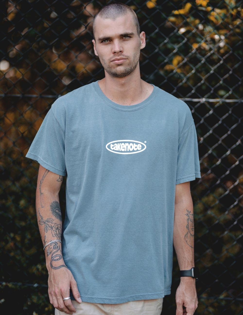 takenote® Faded Court Tee in Washed Denim
