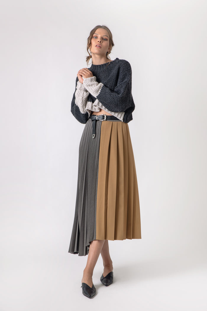 Chica Pleated Skirt