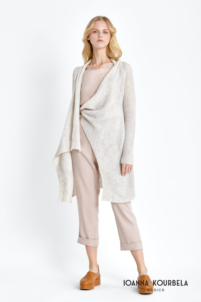 Clouded Fluff - Short Cardigan