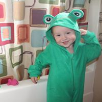 "The Original My ""Buddy"" Towel® Green Frog"