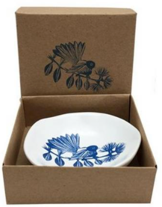 Jo Luping Design - dipping bowl - fantail, blue on white