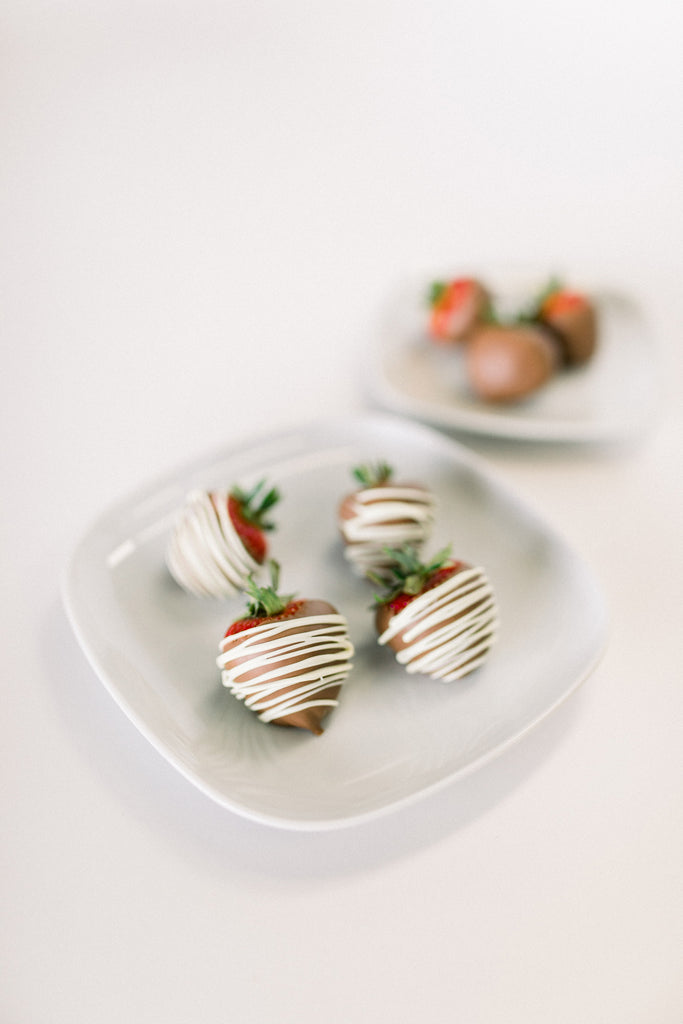 Half Dozen Chocolate Covered Strawberries {Local O'Fallon pick-up only}