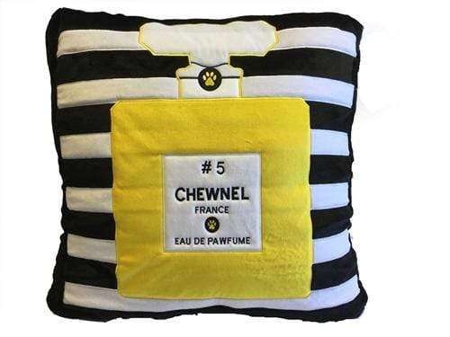 Chic Plush Chewnel No 5 Pet Bed