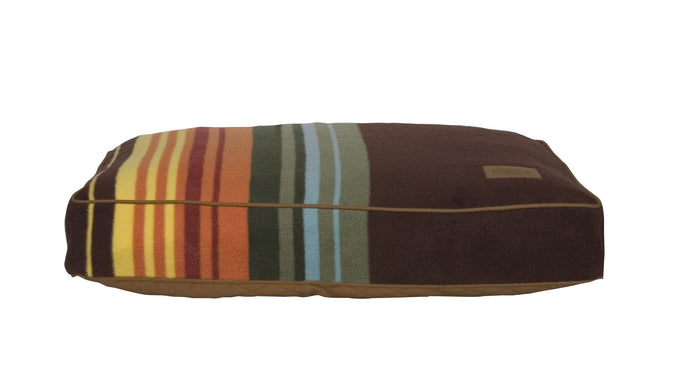 Great Smokey National Park Striped Pattern Design Pet Bed