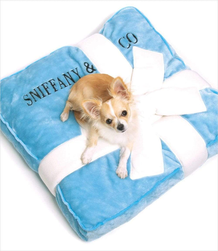 20% Off Modern Plush Sniffany Pet Bed with Ribbon