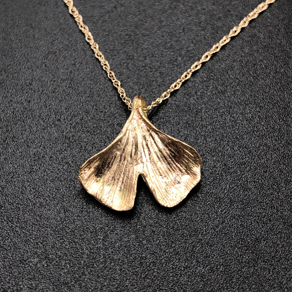 Gingko Leaf Necklace - Yellow Gold