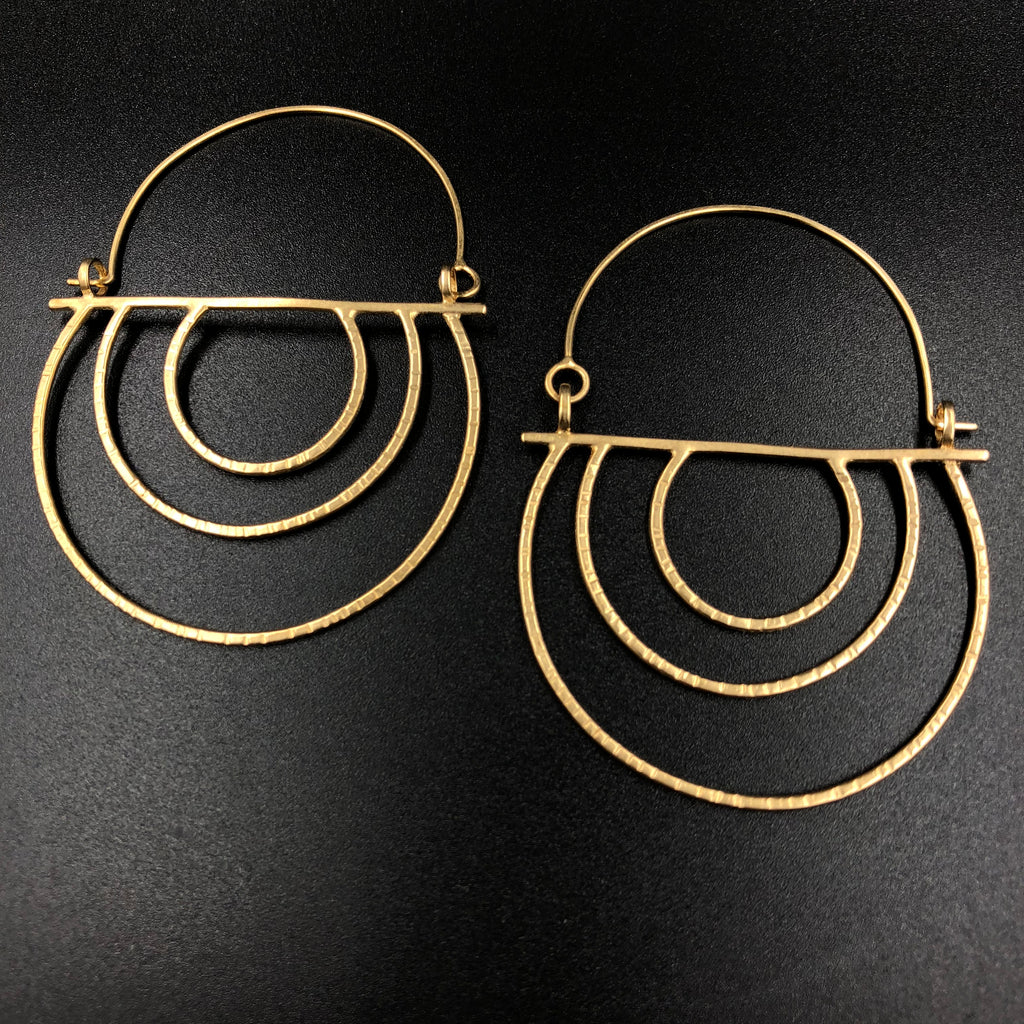 Hatch Basket Earrings - V