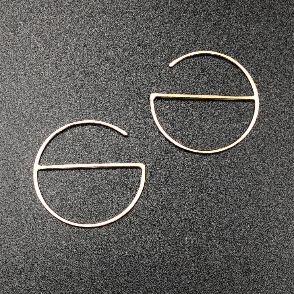 Small Round Hoop with Crossbar