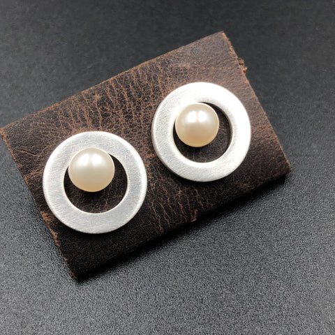 Pearl in Circle Post Earrings
