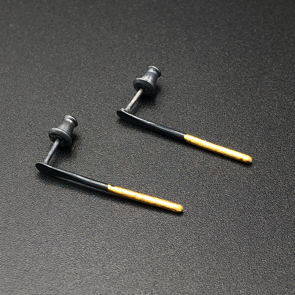 Needle Stud Earrings