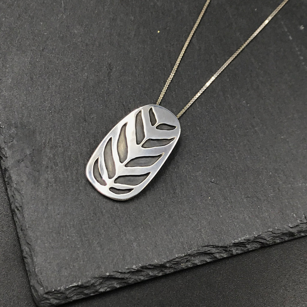Stacked Leaf Overlay Pendant