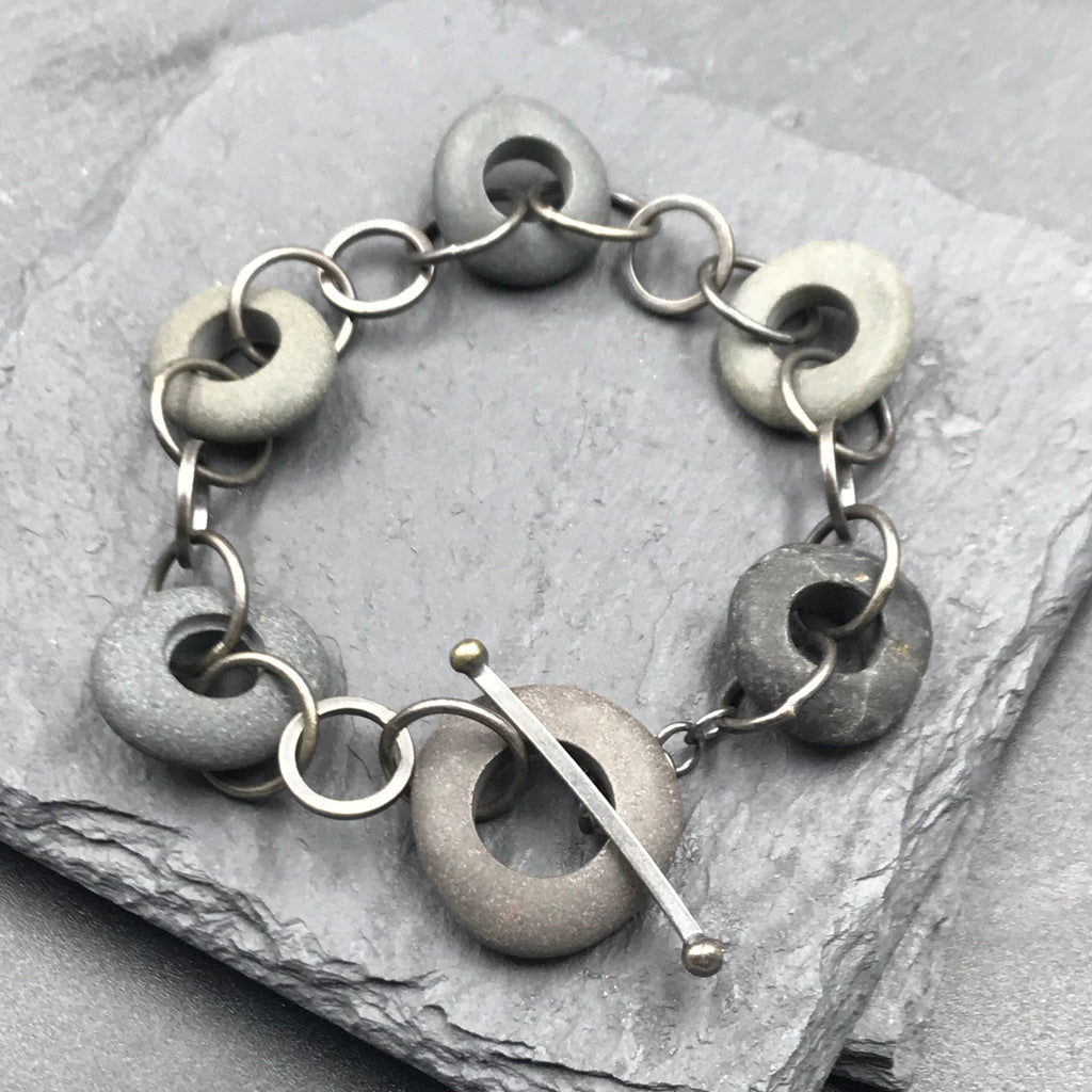 Chain Linked Stone Bracelet