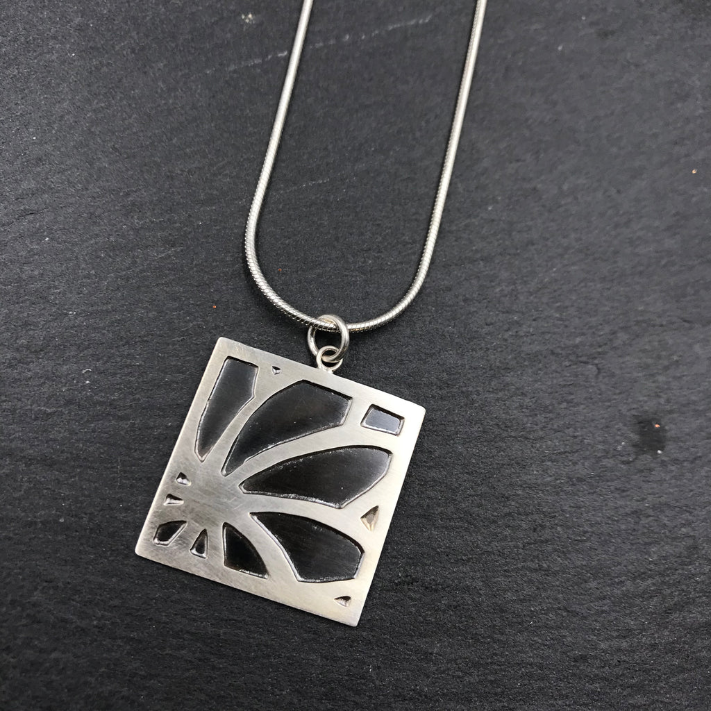 Flower Silhouette Necklace