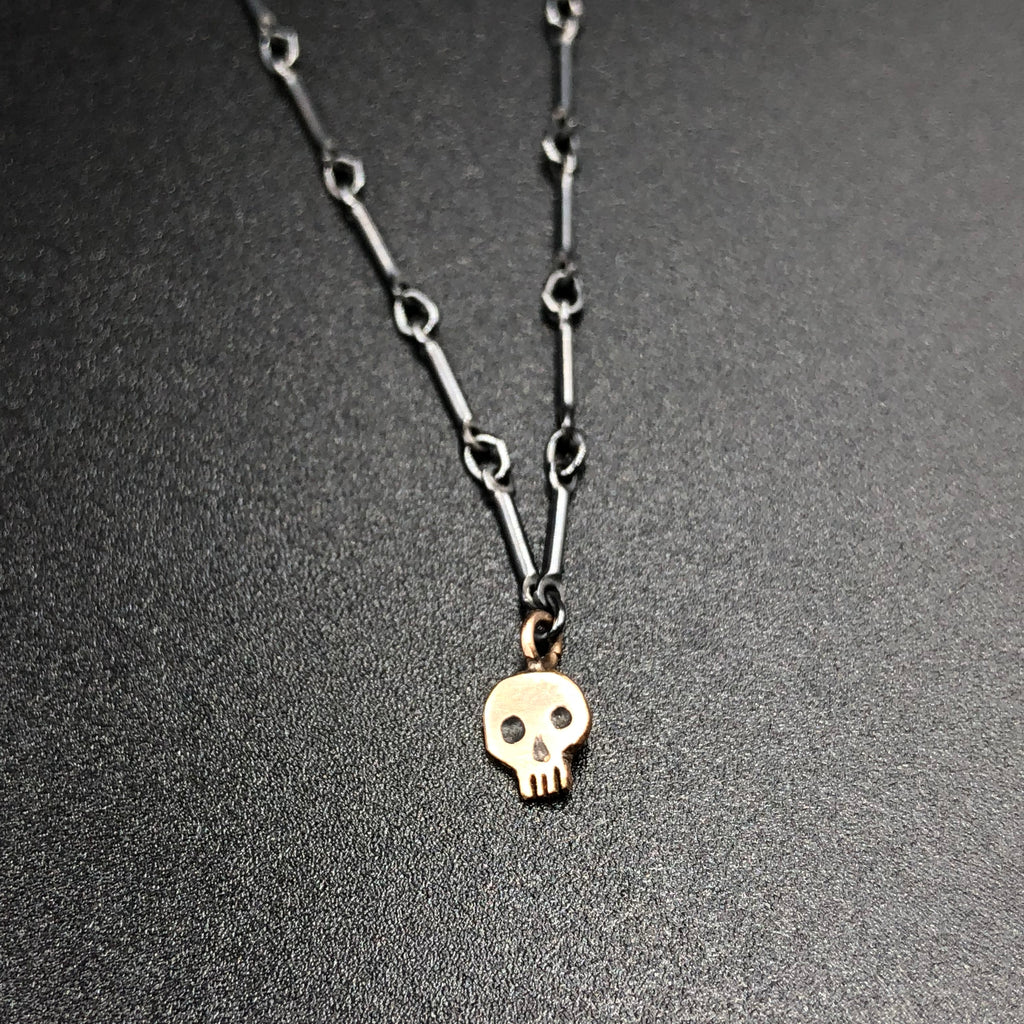 Single Skull Necklace in Rose Gold