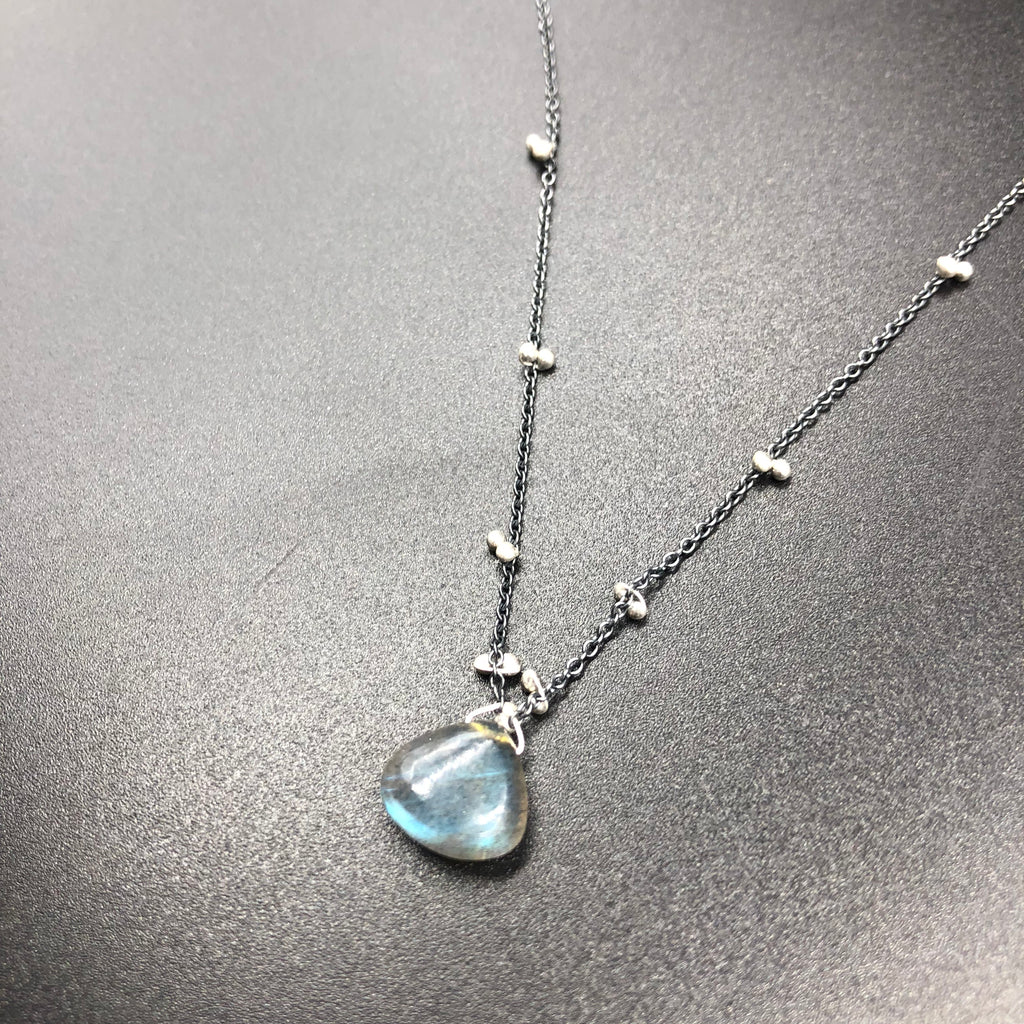 Solitaire Necklace with Labradorite - OXSS