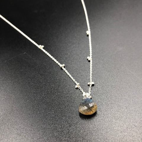 Solitaire Necklace with Labradorite - SS