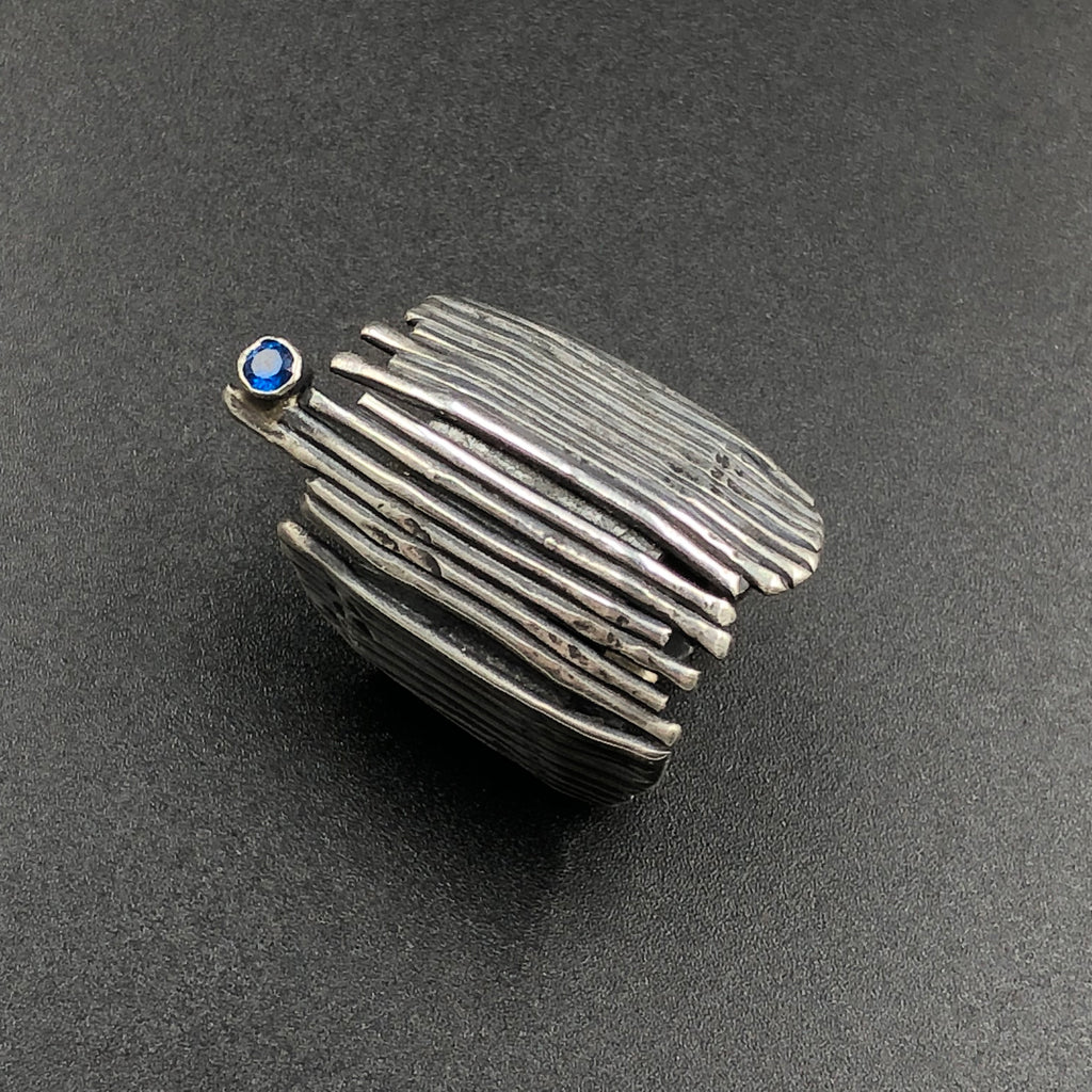 Sapphire on the Fence ring