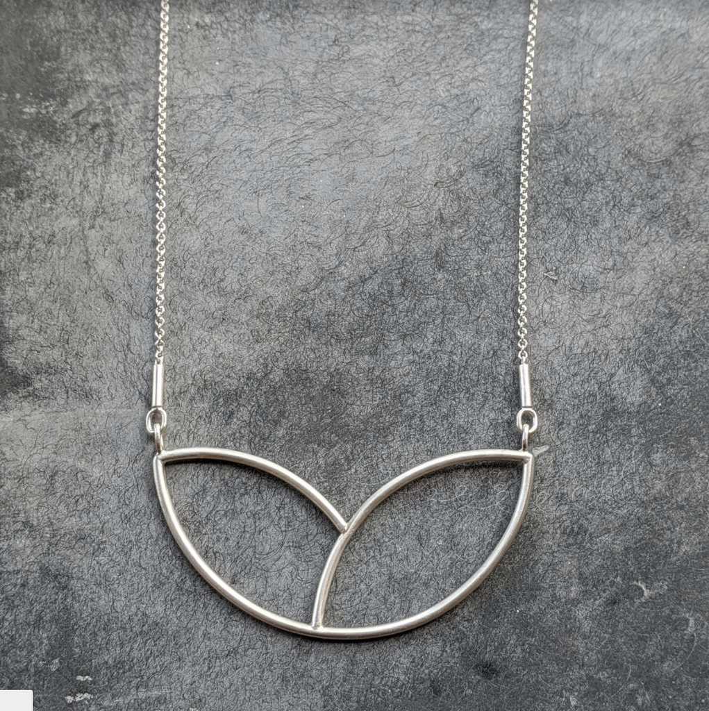 Long Laurel Necklace