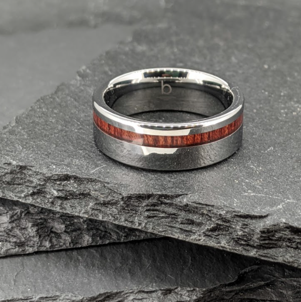 Tungsten Ring With Blood Wood Inlay