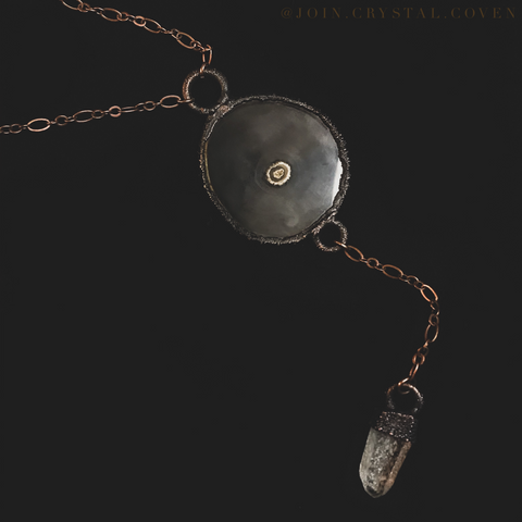 The Agate and Clear Quartz Chandelier Talisman