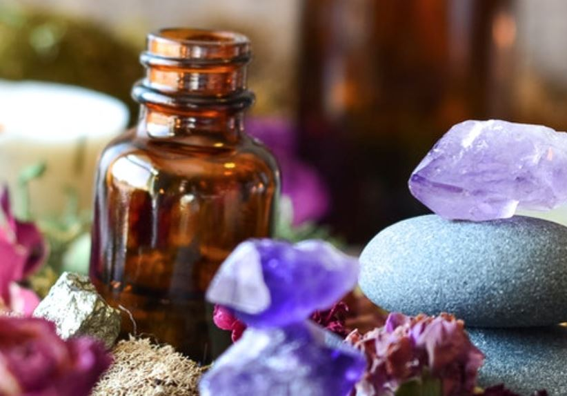 Essential oils are crystalline in nature