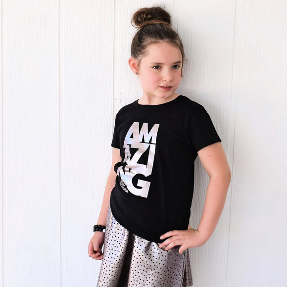 AMAZING in Pewter foil Short Sleeve T-shirt - FABVOKAB