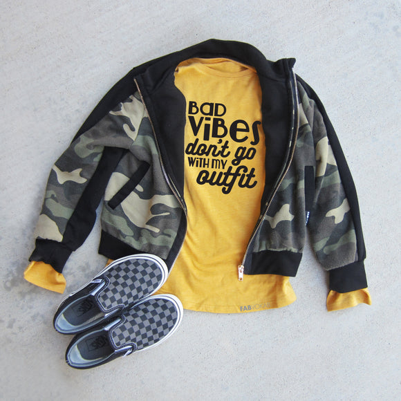 BAD VIBES DON'T GO WITH MY OUTFIT LONG SLEEVE TEE - FABVOKAB