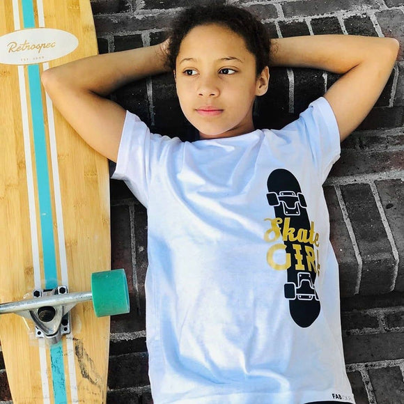 SKATE GIRL Short Sleeve T-shirt