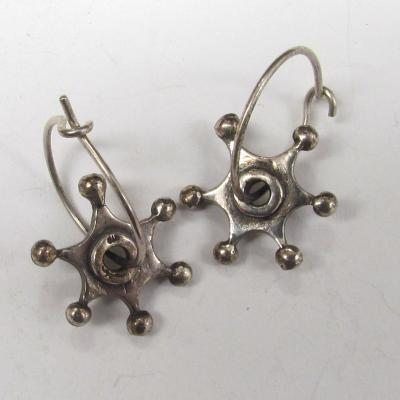 Kosmic Star earrings