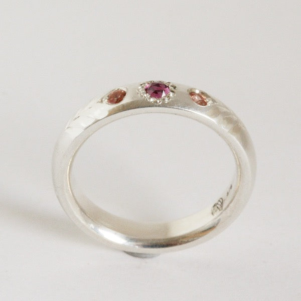 Rosebud ring with garnet and peach sapphires