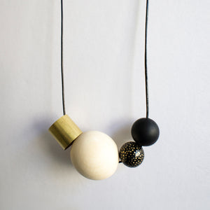 ZERO WASTE NECKLACE 0.3 [ BLACK + GOLD ]