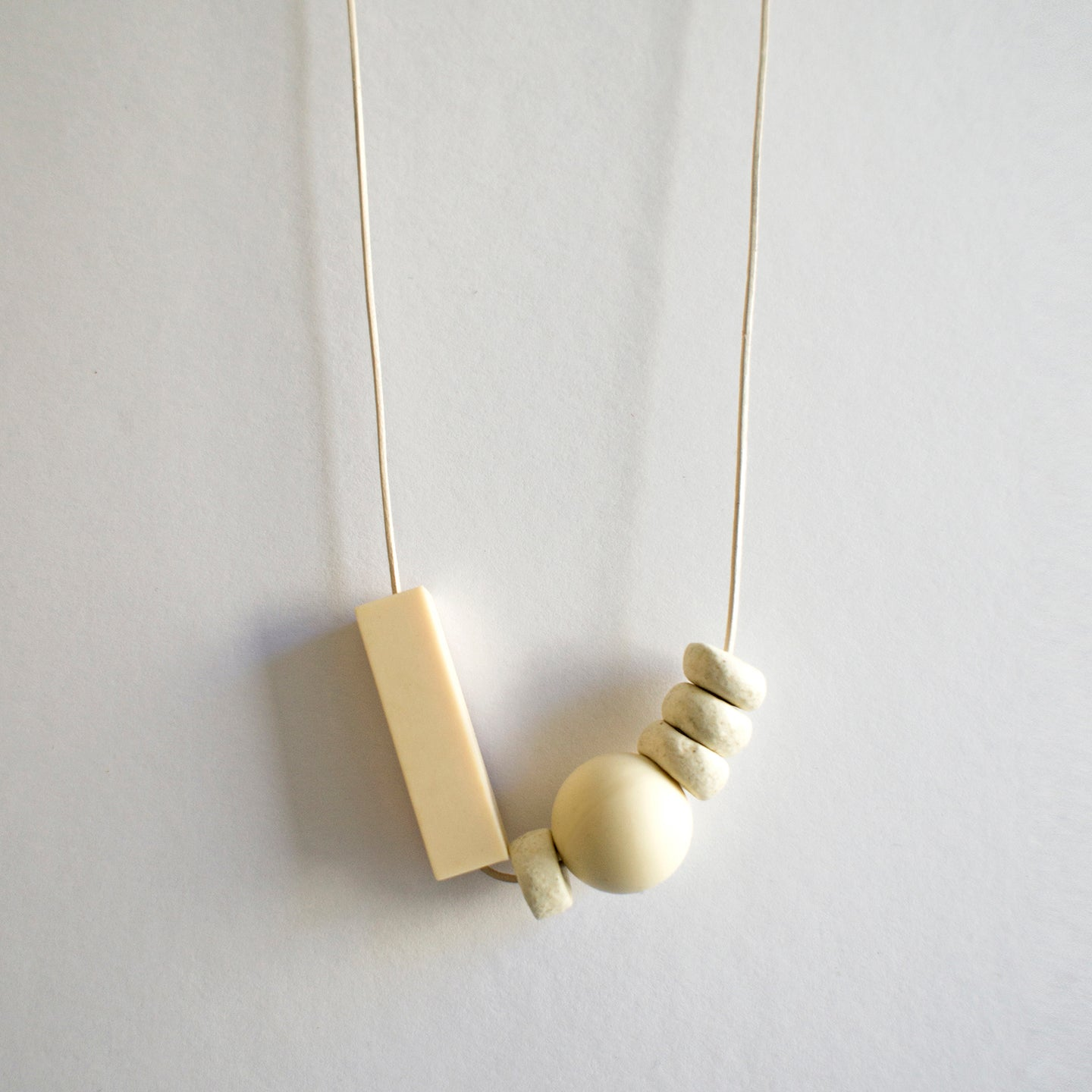 ZERO WASTE NECKLACE 0.1 [ CLAY ]