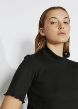 RIBBED MOCK NECK TEE [ BLACK ]