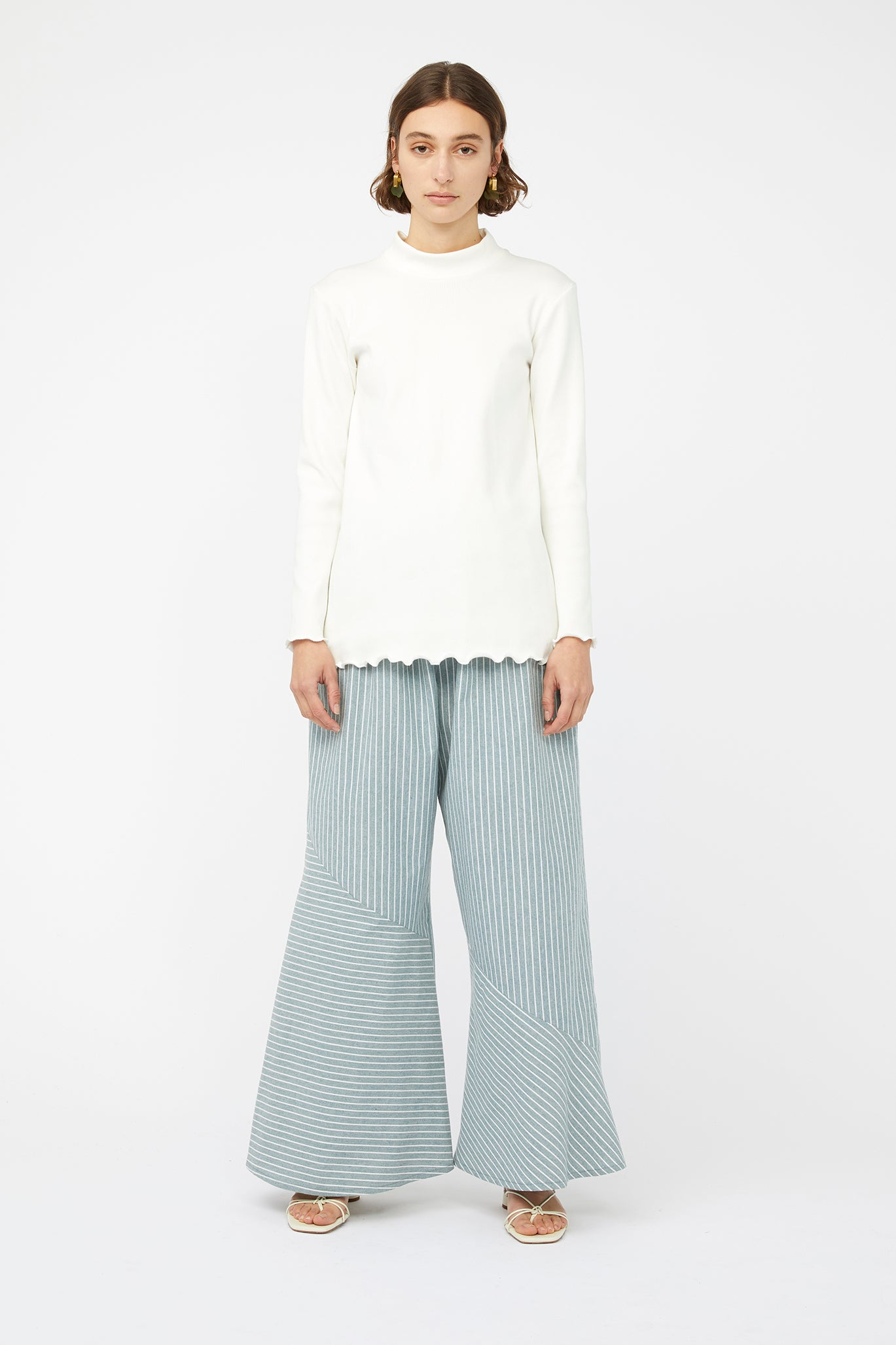 RIBBED MOCK NECK TOP [ WHITE ]