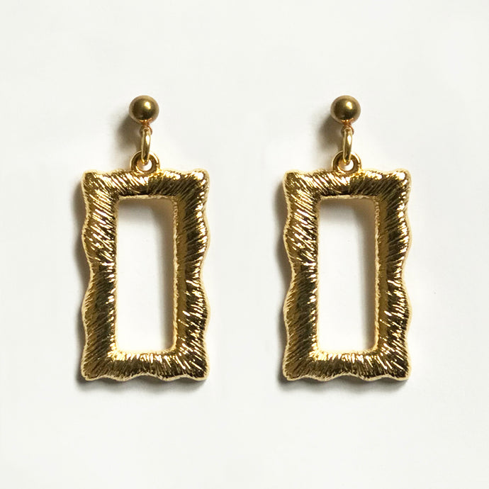 DISTORT EARRINGS [ GOLD PLATED ]
