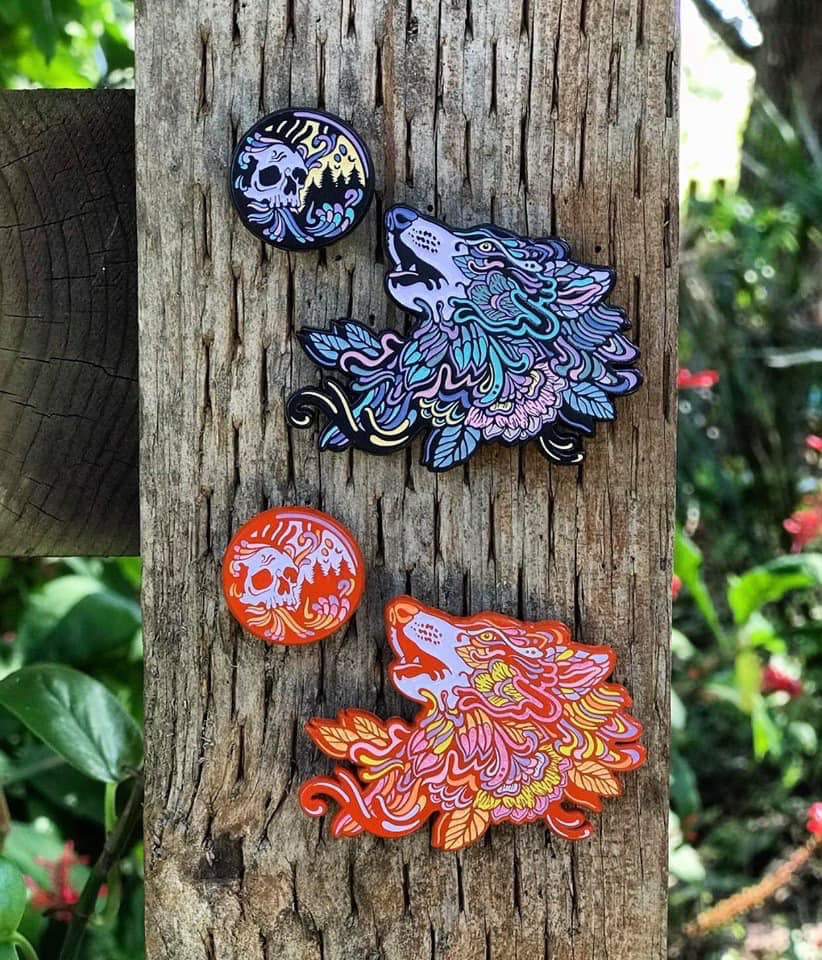 HOWL-O-WEEN PINS