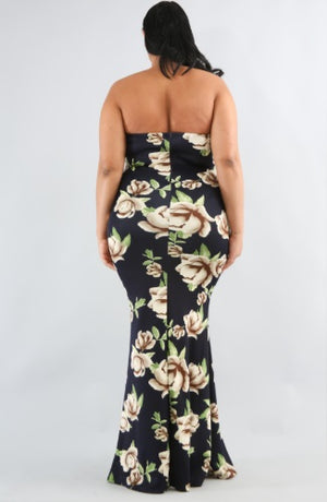 Dress - Sweetheart Floral Body-Con Dress