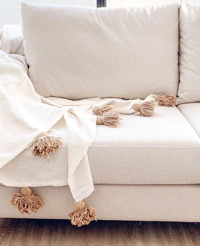 MOROCCAN POM POM BLANKET/ THROW