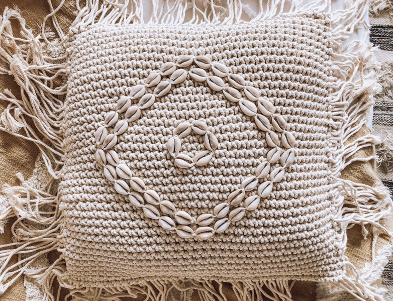 ELLA MACRAME CUSHION
