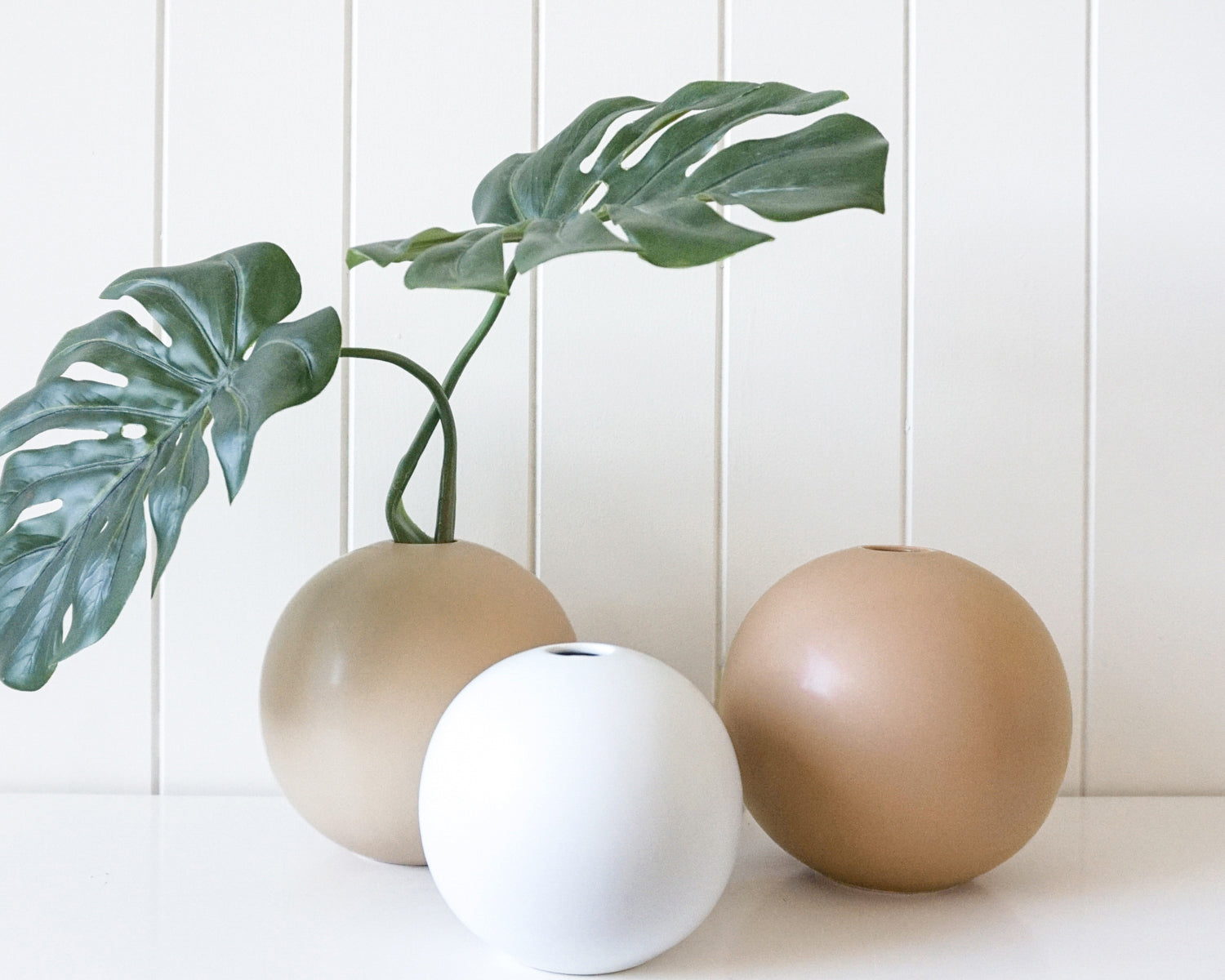 SPHERE VASE - NATURAL
