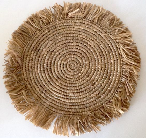 RAFFIA TABLE CENTER PIECE/ PLACE-MAT - NATURAL/COFFEE