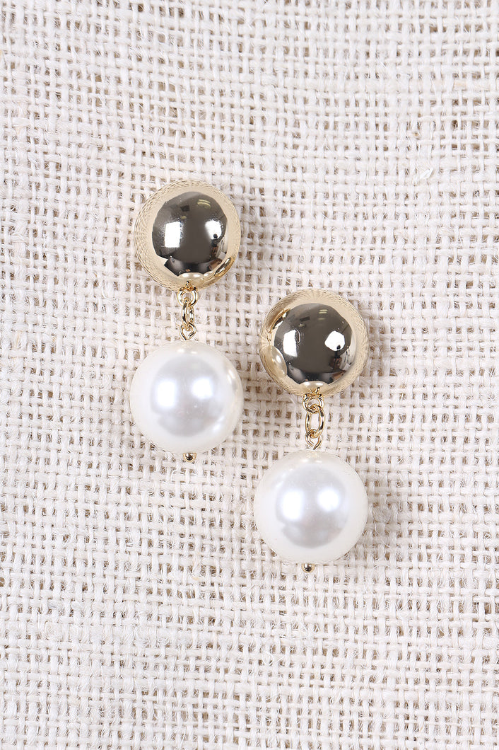 Simple Pearl Drop Earrings